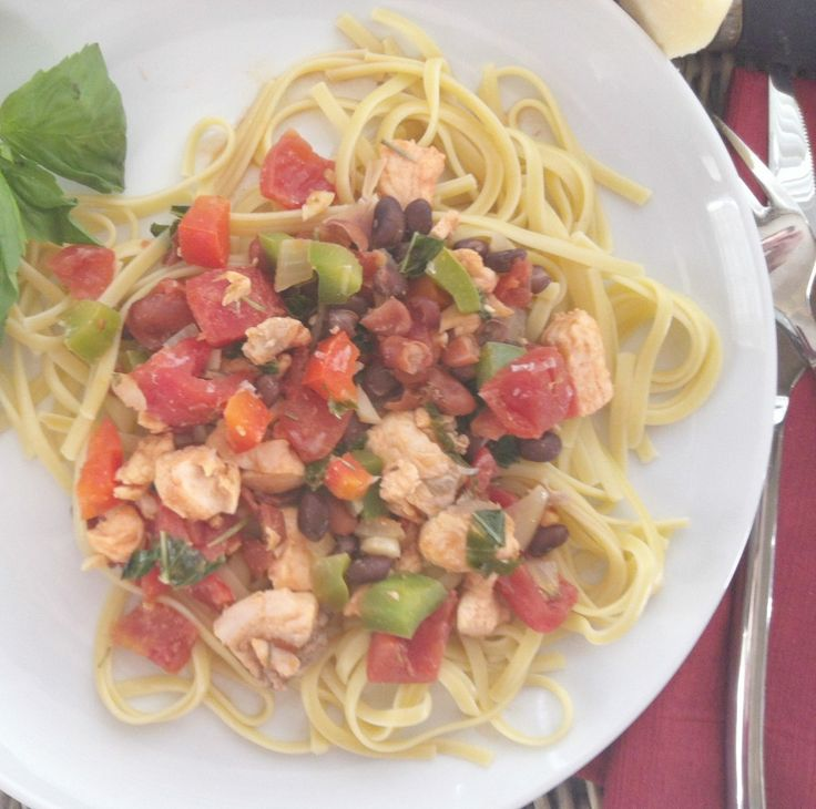 Salmon Linguine--healthy salmon mixed with pasta, tomatoes, peppers and beans