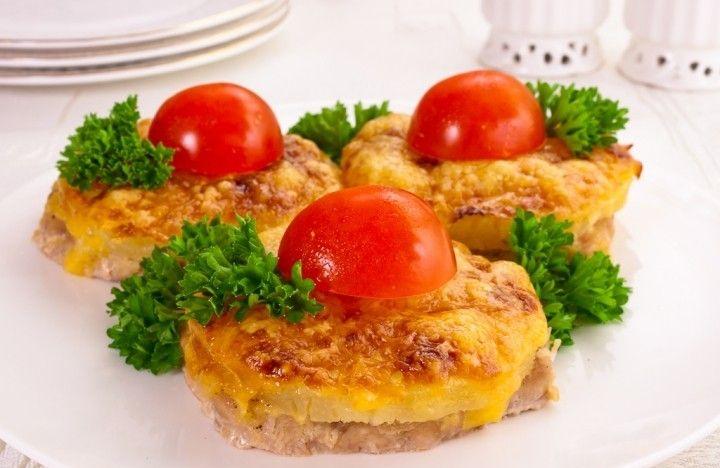 Рецепт-Свинина, запеченная с ананасами и сыром   Новогодние рецепты