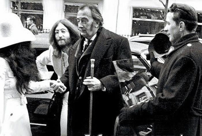 John Lennon & Salvador Dalí