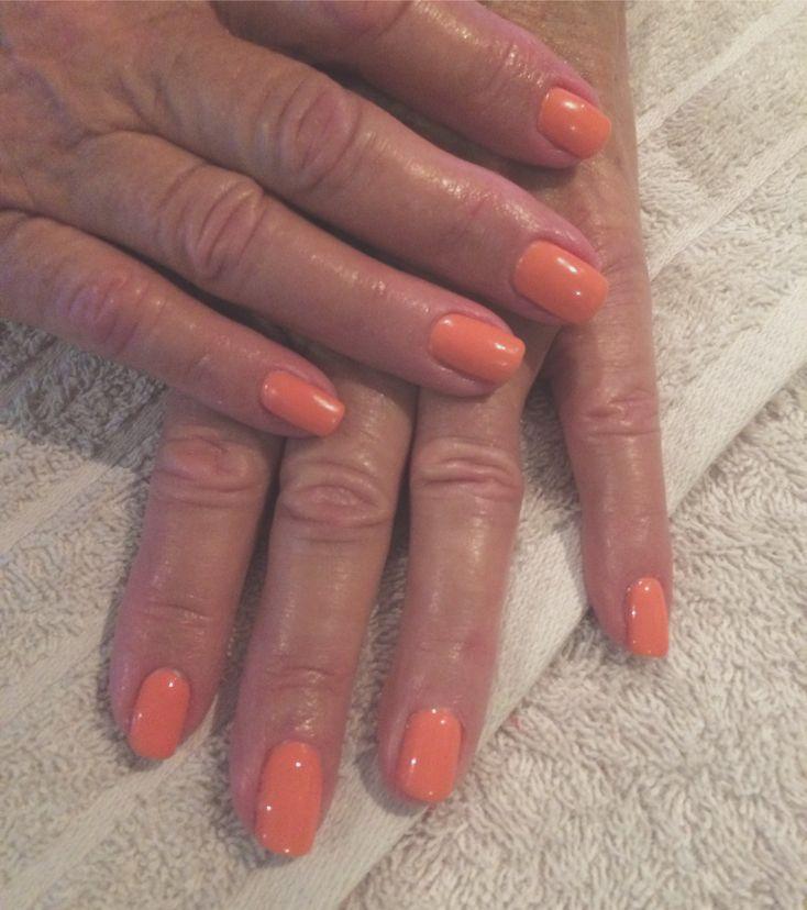 Tara's Blog : Gel nails - October