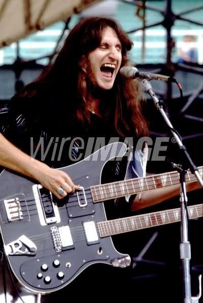 Geddy Lee and his double neck Richenbaker Bass / Guitar