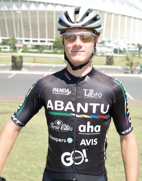 Morné van Niekerk proudly wears his Team Abantu colours!