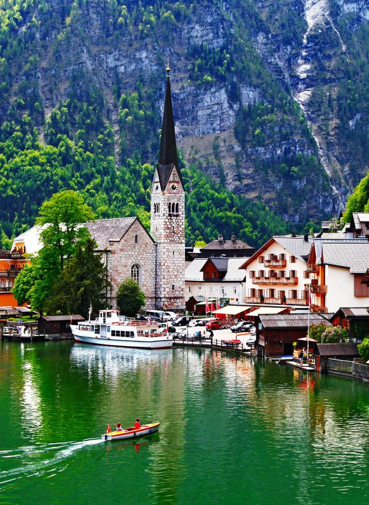 Hallstatt - small pretty pearl of Alps, Austria         30+ Truly Charming Places To See in Austria