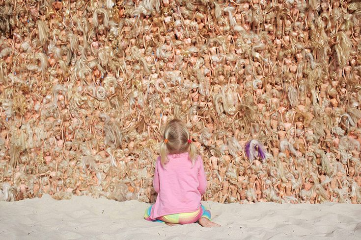 giant barbie wave by annette thas is built from over 3,000 dolls