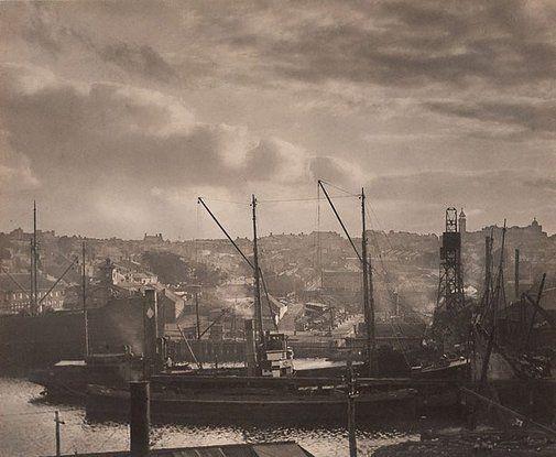 An image of Mort's Dock, Balmain by Harold Cazneaux , N.S.W. 1923