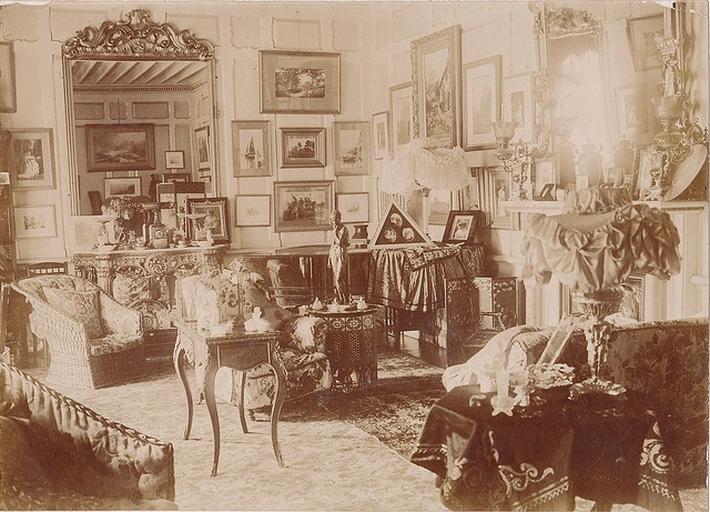 Late Victorian Interior- so cluttered!