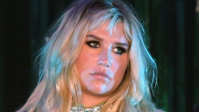 Kesha tells concertgoers she won't give up battling Dr. Luke - NEWS.com.au #757LiveAU
