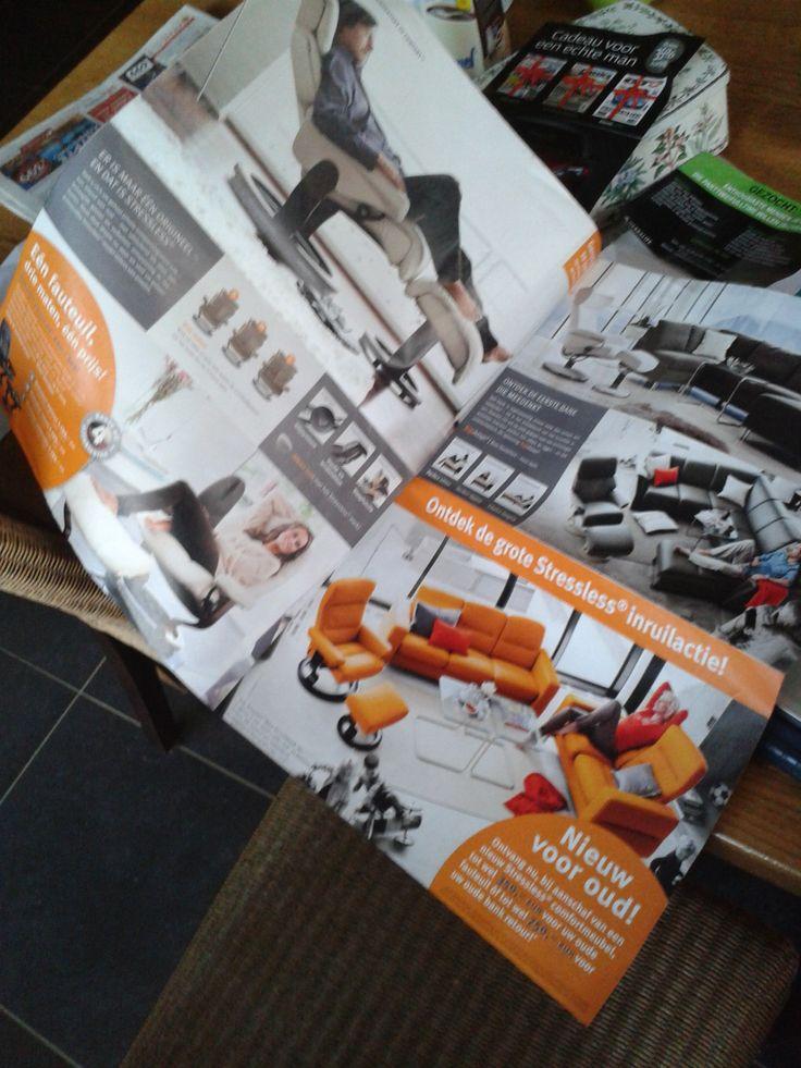 A3 brochure Eijerkamp sterke punten - goede sfeer foto's - informatie over de stoelen - duidelijke prijzen  zwakke punten - groot, onhandig formaat - weinig producten in vermeldt