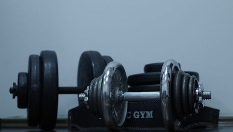 How to Build Muscle with Dumbbells