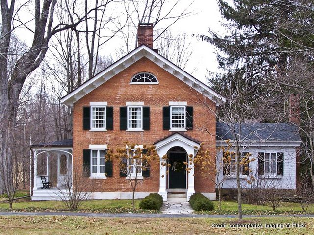 Why I Love Old Houses: Farms Houses, Dreams Houses, Houses Preservationn, Houses Style, Black Shutters, Old Houses, Brick Houses, Farm Houses, Colonial Houses