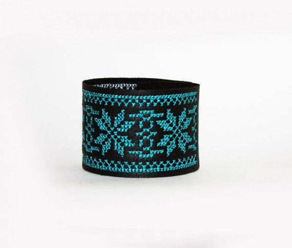 Ethnic Embroidered Leather Bracelet Tourquoise by EtnoWareStore