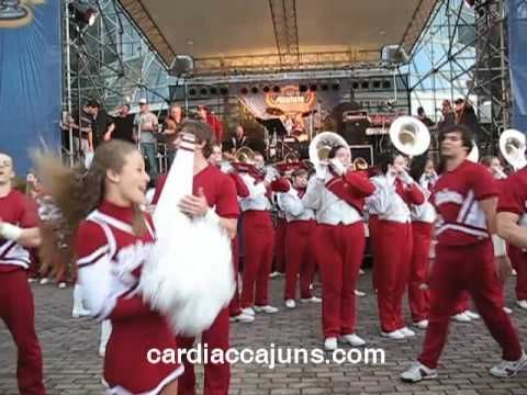 Alabama Fight Song Sugar Bowl Pep Rally at Superdome on Gameday Million Dollar Band Big Al Cheerleaders & Crimsonettes - YouTube