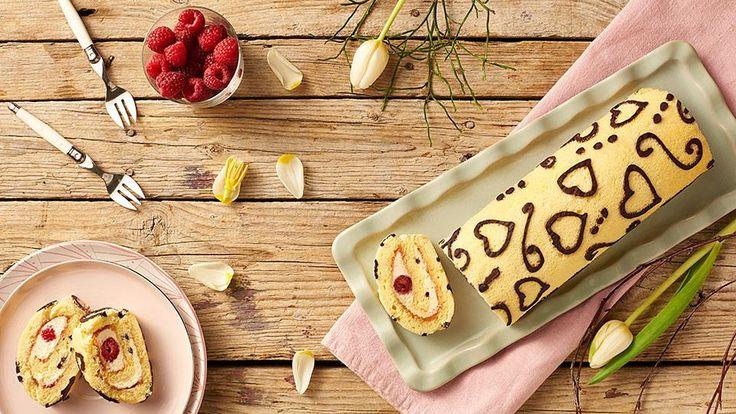 Recept na skvelý dezert nájdete v Lidl Cukrárni na stránke kuchynalidla.sk. Pozrite sa ako pripravila maľovanú malinovú roládu Adriana Poláková.