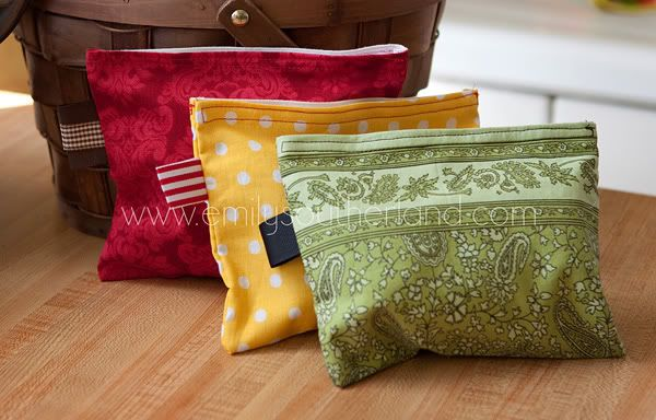 Reusable Snack Bags. Can be sewed by hand with little loose ends of fabric!