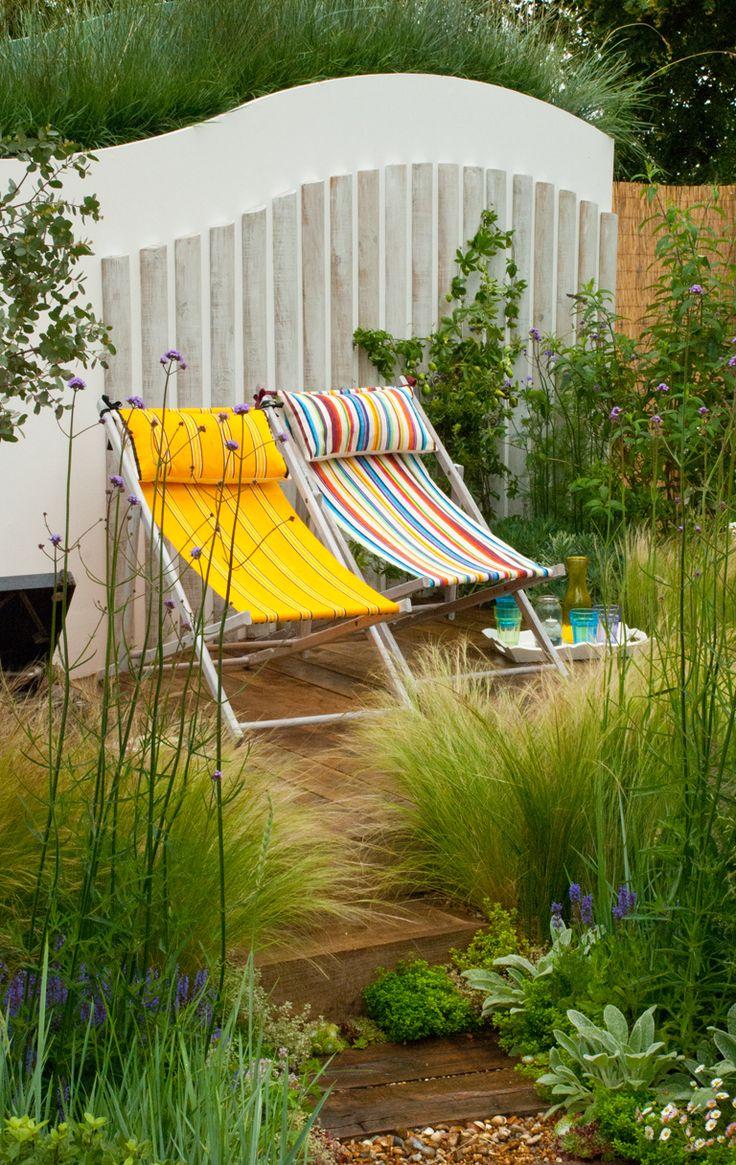 Vegetable garden plans for beginners ayanahouse - Coastal Drift Summer Garden Hampton Court 2012