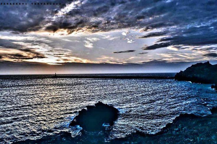 Λιμάνι Μύρινας   Λήμνος : Παρασκευή Βαρβαρίγου