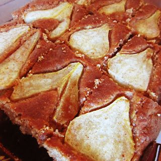 Spicy pear cake (low-carb)