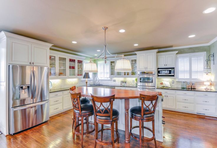 Creative cabinets faux finishes marietta cabinet for Kitchen cabinet painting atlanta
