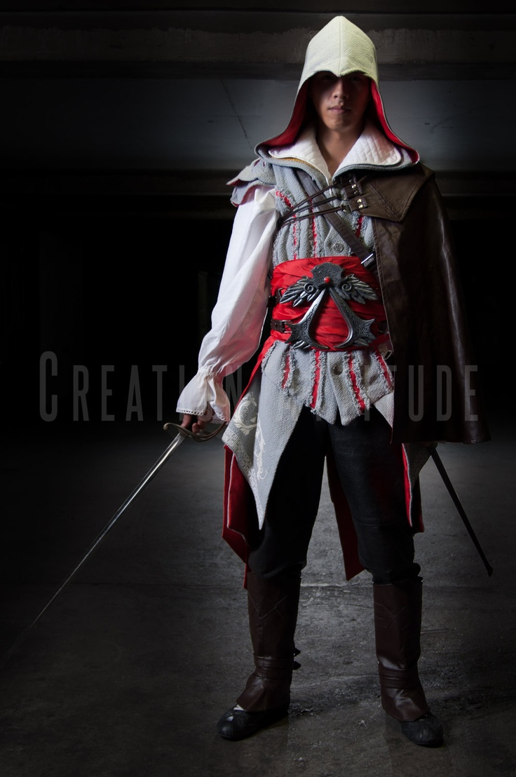 how to make ezio costume