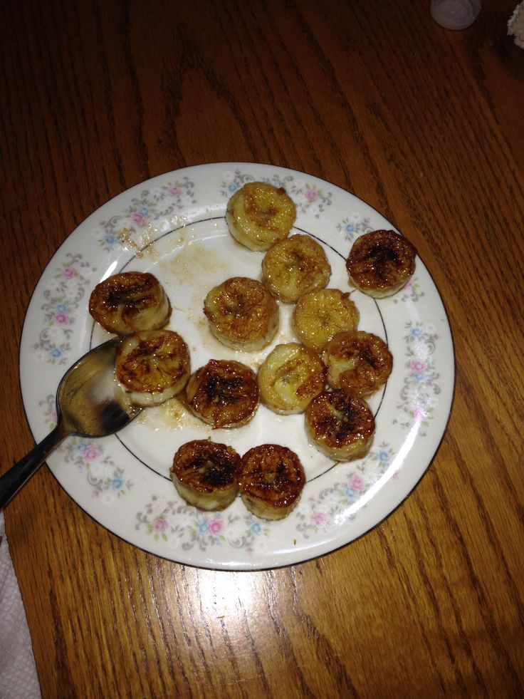 Steel cut oatmeal, Fried bananas and A bowl on Pinterest