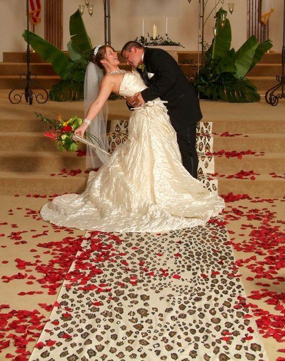 17 mejores ideas sobre alfombra de leopardo en pinterest. Black Bedroom Furniture Sets. Home Design Ideas