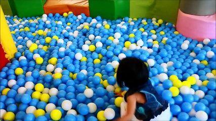 Et sont balle pour enfants Explorez pour amusement amusement intérieur enfants fosse jouer Cour de r
