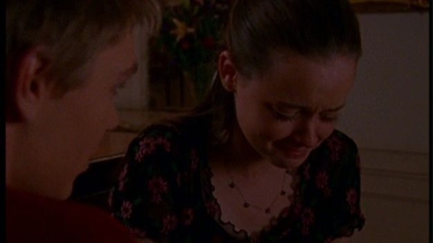 1.17 The Breakup: Part 2 | Community Post: 23 Best Gilmore Girl Episodes Ever