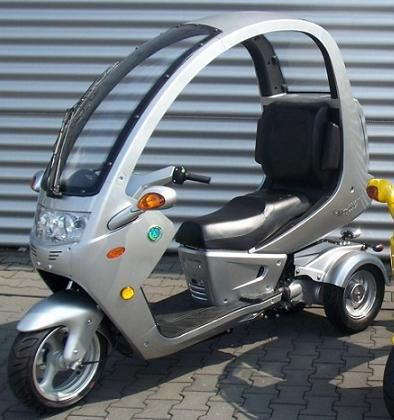 ~~ NEW AND IMPROVED FOR 2011 ~~ - Motor Scooters For Sale Gas