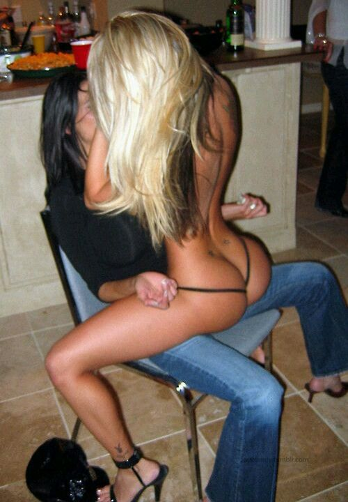 Lesbians lap dancing naked