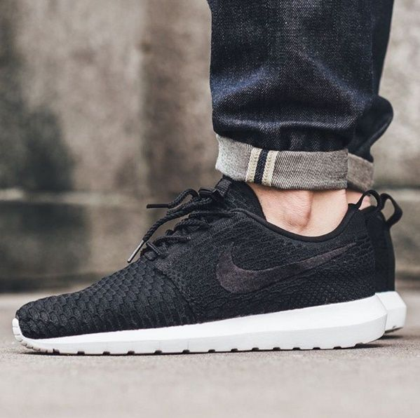 Nike Roshe NM Flyknit - Black~ Picture- > Instagram: Titoloshop