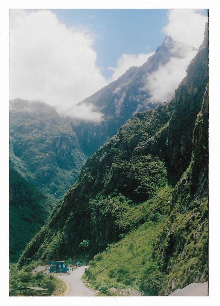 Zenit 122 Hidroeléctrica, Perú