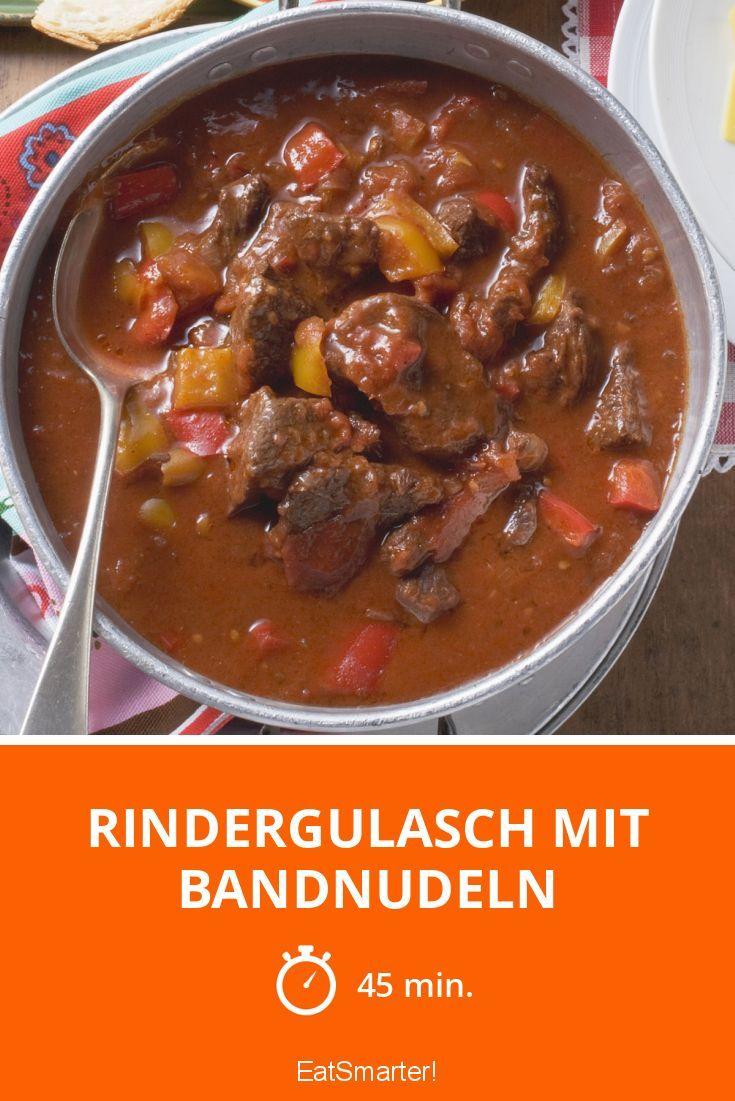 Rindergulasch mit Bandnudeln - smarter - Zeit: 45 Min.   eatsmarter.de