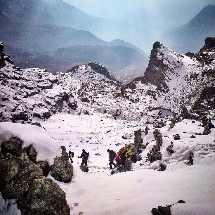 Spondascia summit in central #Alps #italy A tipical #autumn day over 2800m @viealte #montagna #mountain #natura #Italia #relax #mountains #trekking #Alpi #alps #Alpes #outdoor #mountainlife #landscape #photography #photo #nature #travel #art #photooftheday #image #LandscapePhotography #sky #ourdoorsport #mountainlife #valmalenco @trekkingfotografici @valmalencoalpina @visitvalmalenco @rifugiozoia