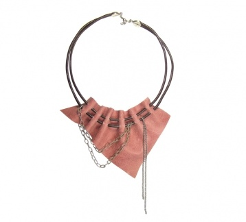 Pembe Hakiki Deri Kolye / Leather Necklace
