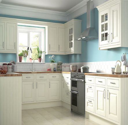 B&Q IT Holywell Cream Style Classic Framed #shakerkitchen.   Kitchen-compare.com - Home - Independent Kitchen Price Comparisons. #kitchens #homes #interiors