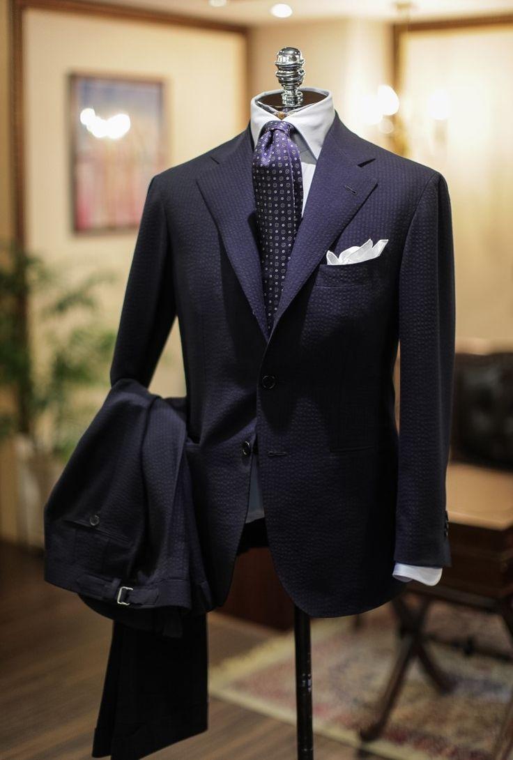 Seersucker Texture Up Close suit menswear 1