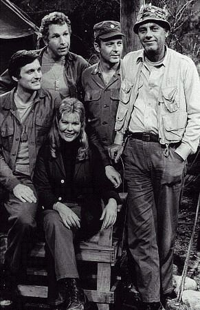 M*A*S*H-Early Cast........and the BEST cast!