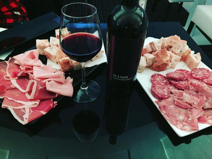 "Italian cutting board!! The best way to close the weekend!! ""Sciarrm"" a Montepulciano D'Abruzzo as wine! By D'Alesio winery! Follow @vininorden  #sciarrm #d'alessio #winered #winestagram #winelovers #wine #montepulciano #abruzzo #cuttıngboard #cutting #ham #salami #mortadella #salame #prosciutto #rødvin #godvin #fb #pin #tw #danishfood #winegeek #aperitivo #aperitif #aperitivi #italian #italien #italiensk #italianart #italiansdoitbetter"