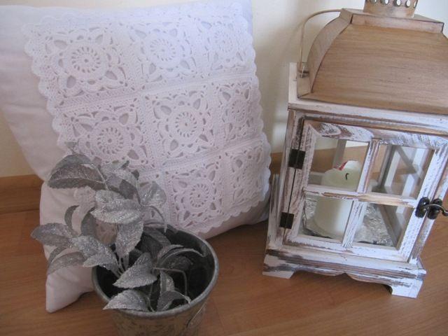 ..tolik jsem obdivovala tento vzor na polštářku, až jsem se dopídila návodu na něj a konečně ho máme také doma :-)