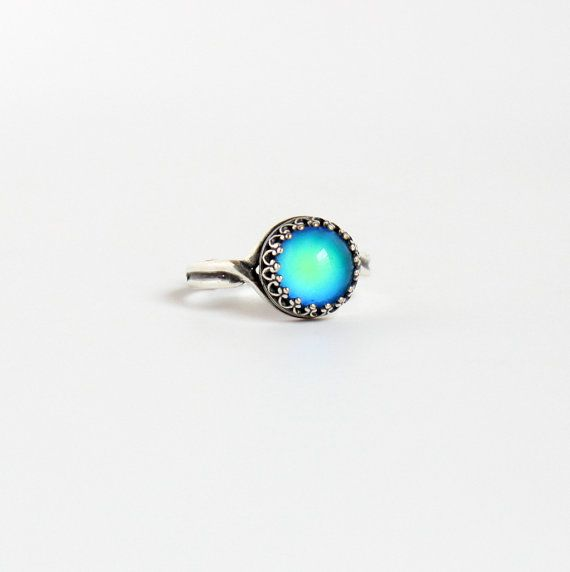 Silver Mood Ring, Vintage Inspired, 70s Color Changing Mood Glass, As Seen on Kacey Musgraves