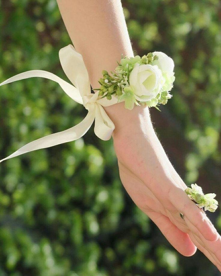 Krásná sada náramku a prstýnku 🌸💮🌹 ke koupi na #vavavu goo.gl/r7VTdq CZK 332 + 74 doprava #jaro #sada #vavavumarket #svatebni #rucnevyrobeno #handmade #set #wedding #weddingday #beauty #grace
