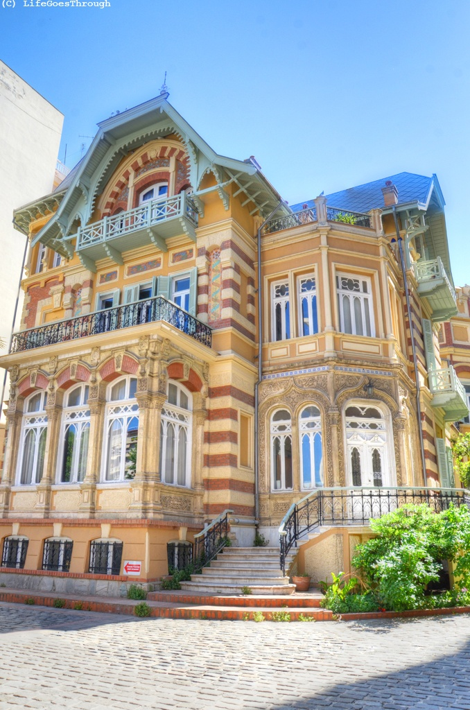 Greece, Thessaloniki, top floor Viennese Art Nouveau, ground floor Moorish