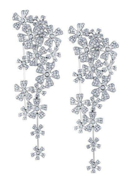 GABRIELLE'S AMAZING FANTASY CLOSET | De Beers - Platinum and Diamonds Wildflower Earrings |