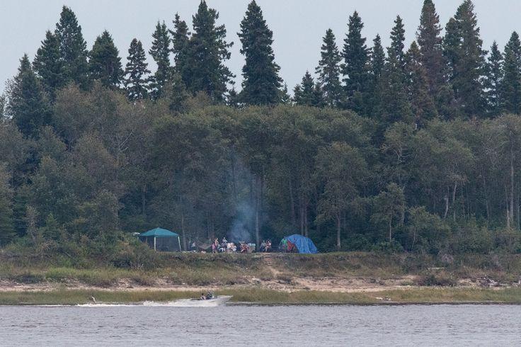 People enjoying Tidewater Park on Charles Island 2017 August 29th