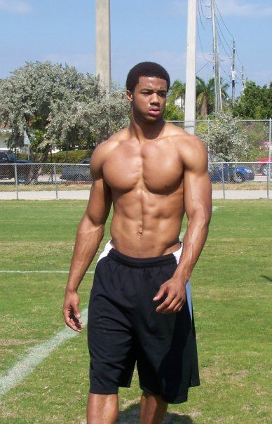 sexy muscular nfl bodies | The Top 100 Most Jacked NFL ...