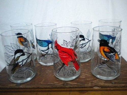 Mom used to have the bird glaases displayed in our kitchen window.