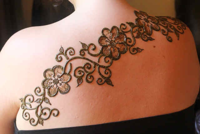 Mehndi Flower Garlands : Best temp tattoo patterns for the beach images on