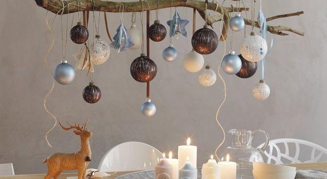Wir lieben es zu Weihnachten im Haus eine angenehme, warme und behagliche Atmosphäre zu schaffen. Im Wohnzimmer steht der Weihnachtsbaum, schön geschmückt und überall stehen Kerzen. Doch es braucht nicht immer einen Weihnachtsbaum zu sein. Entweder man hat zu wenig Platz, oder man möchte mal etwas anderes. Heutzutage sieht man immer mehr Weihnachtsäste. Das Schöne …