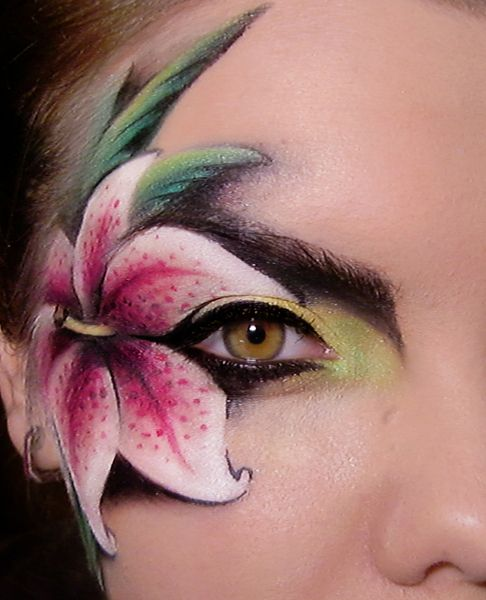 Sweet lily http://www.makeupbee.com/look_Sweet-lily_2941 face paint eye makeup