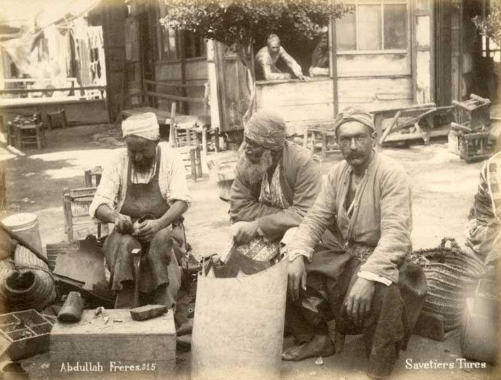 Abdullah Frères (S262) Savetiers Turcs, Constantinople, Turquie, tirage albuminé